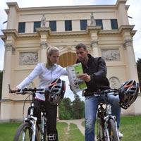 Fahrrad Strecken Schauen Sie die Fahrrad Strecken in Valtice, Lednice, Palava an.